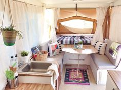 caravan makeover 713679872183677882 - After- I'm in love Source by alishastore Popup Camper Remodel, Diy Camper, Camper Ideas, Camper Life, Camper Renovation, Camper Interior, Motorhome, Pop Up Tent Trailer, Tent Trailers