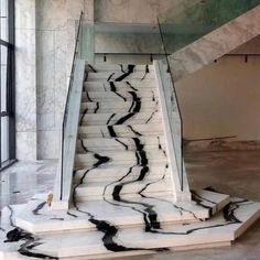 INSANE NEXT LEVEL! via - w/ app: Looks like liquid marble flowing down this incredible marble staircase. Interior Exterior, Home Interior, Interior Decorating, Interior Styling, Granite Stairs, Marble Stairs, Home Stairs Design, House Design, Stair Design
