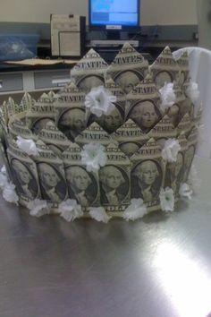 Crown for bride made of dollar bills. Origami Gifts, Origami Love, Origami Fish, Money Origami, Origami Design, Origami Art, Diy Graduation Gifts, Graduation Leis, Dollar Bill Origami