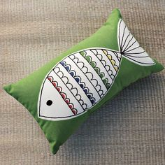 This is such a cute, perky outdoor accessory and would be adorable in a boat house!