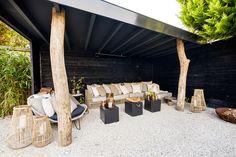 Garden Design Ideas : De nieuwe showroom van Kabaz The Art of Living Garden Villa, Garden Pool, Home And Garden, Outdoor Seating, Outdoor Spaces, Outdoor Living, Porches, Pergola, Natural Garden
