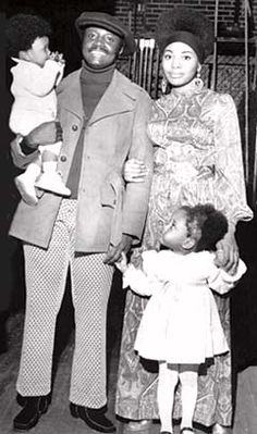Donny Hathaway, wife Eulaulah, and daughters Lalah and Kenya in the 1970s