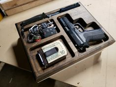 Maple Butcher Block, Edc Tactical, Everyday Carry Gear, Edc Gear, Airsoft Guns, Tray, Survival, Gadgets, Storage