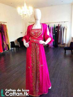 Le magazine enligne  du vente caftan et robe de soirée vous présente chaque jour des nouveaux modèles du caftan haute couture et takchita marocaine moderne et traditionnel.