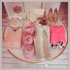 VM example of COLOR (pink and beige communicate the vibe and help the shopper imagine how to wear the look)