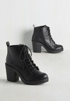 Tread Talks Bootie - Black, Solid, Casual, Vintage Inspired, 90s, Fall, Good, Lace Up, Chunky heel, Ankle, Black, Black, Mid
