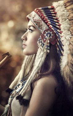 Native American Girls, Native American Pictures, Native American Beauty, Red Indian, Native Indian, Indian Girls, Tattoo Indio, Foto Top, Hipster Drawings