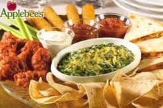 Applebee s Spinach Artichoke Dip Recipe Dip Recipes, Copycat Recipes, Appetizer Recipes, Oven Recipes, Recipies, Applebees Spinach Artichoke Dip, Spinach Dip, Starbucks, Restaurant Recipes
