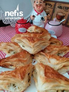 Spanakopita, Food And Drink, Chicken, Meat, Ethnic Recipes, Herbs, Turkish Recipes, Prepping, Cubs