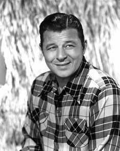 To me, Jack Carson completely balanced burliness and sophistication.