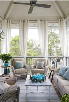 Stylish Outdoor Curtain Ideas To Spice Up Your Outdoor Space01