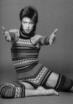 Bowie by Sukita (give me your hands...)