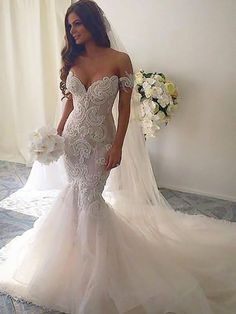 A wedding dress, as we all know is a dress which is worn by the bride on her wedding day. The color and the style of the wedding dress can depend on the cultural and the religious traditions. A sexy wedding dress can. Wedding Dress Organza, Wedding Dress Train, Wedding Dresses 2018, Lace Mermaid Wedding Dress, Backless Wedding, Sexy Wedding Dresses, Perfect Wedding Dress, Mermaid Dresses, Bridal Dresses