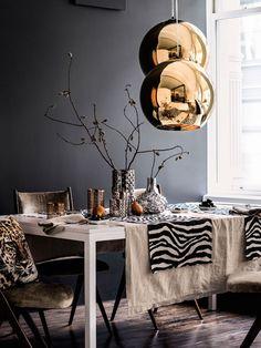 Bronze schmiegt sich im Raum dezent an eine schlichte Einrichtung mit gedeckten Erdtönen an, ist zugleich ein wunderbarer Hingucker, ohne sich in den Vordergrund zu drängen