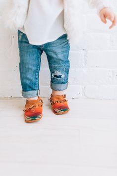 http://lapetitepeach.com/babystylehand-me-downs/ mini gypsy, gypsy, boho baby, boho style, mini moccs, baby moccs