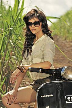 bollywood-actress-deepika-padukone-beautiful-photos