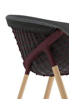 Un fauteuil design | design d'intérieur, décoration, maison, luxe. Plus de nouveautés sur http://www.bocadolobo.com/en/inspiration-and-ideas/