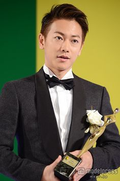 "Drama ""Tenno no Ryoriban"" at Tokyo Drama Awards Grand Prix drama Tenno no Ryoriban. Best Actress, Best Actor, World Handsome Man, Takeru Sato, Rurouni Kenshin, Best Supporting Actor, Japanese Hairstyle, Japanese Drama, Asian Actors"