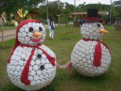 SNOWMAN out of I LITER Coke Bottles!!! Perfect for the South