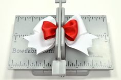 Create a bow with White and Red Grosgrain Ribbons with the Mini Bowdabra - how to make a bow- Tutorial