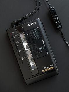 Aiwa HS-PX101 Remote Portable Cassette Player