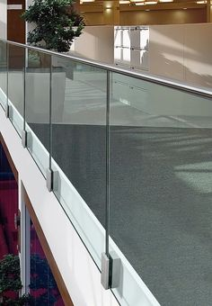 Stair balustrade MOD 0763 Easy Glass® Collection by Q-RAILING ITALIA: