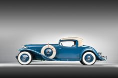 This car, the 1929 Cord Special Coupe, is one of those motorised industrial design masterpieces that allows all people. Cord Automobile, Automobile Companies, Auburn Automobile, Vintage Cars, Antique Cars, Rare Antique, Auburn Car, Cord Car, Classy Cars