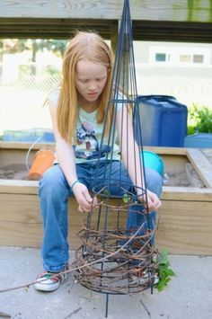 Art project for kids: weaving a trellis - inspired by the work of Patrick Doughertythis would be cool if woven to look like a christmas tree