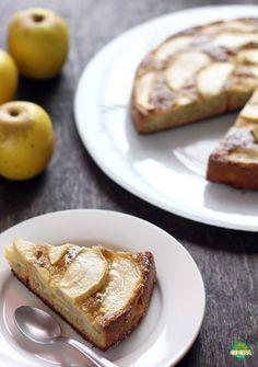 Un postre ligero para cuidar tu figura: Pastel de manzana bajo en grasa. Receta http://cocinamuyfacil.com/pastel-manzana-grasa-receta/