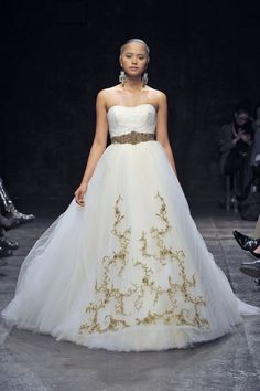 lazaro_fall2013_013 | Weddingbells.ca