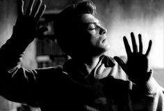 """"""" Orphée """" Un film écrit et réalisé par Jean Cocteau avec Jean Marais, François Périer et Maria Casarès en 1950"""