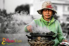 Persuadé par sa beauté, par la richesse culturelle, par l'hospitalité de ses habitants… que je suis resté au Vietnam depuis des années.  On ne faut pas oublier que l'Indochine fut le lieu d'éclosion de plusieurs civilisations qui jouèrent un rôle important dans le Sud-Est asiatique.