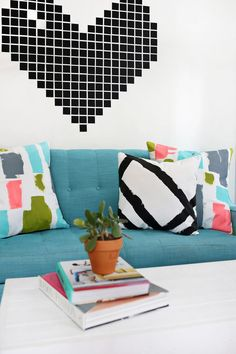 DIY abstract painted pillows @jjoannstores