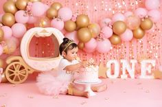 Baby Cake Smash, Smash Cakes, First Birthday Photography, 1st Birthday Pictures, Photoshoot Themes, Cute Little Baby, Girl Cakes, Photographing Kids, Little Star