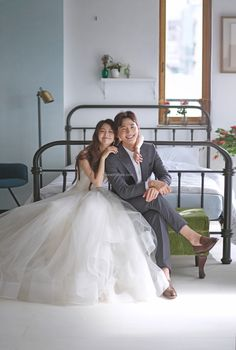K Korea pre wedding - Korea Images Pre Wedding Shoot Ideas, Pre Wedding Photoshoot, Wedding Poses, Wedding Couples, Korean Wedding Photography, Wedding Bedroom, Photo Poses For Couples, Wedding Company, Wedding Film