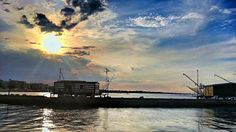 Twitter / @Melvin: Who likes sunsets? Who likes sunsets at the sea? Who likes Italian sunsets at the sea #Cesenatico