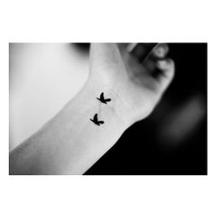 41 Cool Wrist Tattoos to Inspire Your Next Ink Session - theFashionSpot