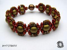 Akke Jonkhof-(The Netherlands)   Dobble Beads, Superduo's by Matubo