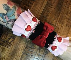 Black velvet with red velvet bow bracelet cuff- Victorian, costume, cosplay, hearts Bow Bracelet, Cuff Bracelets, Handmade Items, Handmade Gifts, Collar And Cuff, Black Velvet, Christmas Stockings, Bows, Trending Outfits