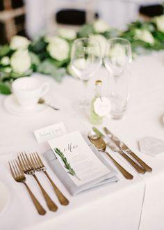 All kinds of wedding favor ideas to choose from. Wedding Reception Planning, Wedding Dinner, Wedding Table, Summer Wedding, Wedding Favors, Green Wedding, Wedding Decorations, Romantic Weddings, Unique Weddings