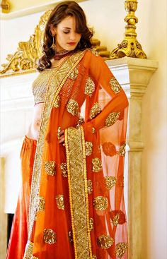 In this post we will represent latest and exclusive bridal wear collection 2012 by Uzma Creation. This bridal wear collection is simply elegant. Indian Fashion Trends, India Fashion, Ethnic Fashion, Asian Fashion, Fashion News, Asian Bridal Wear, Indian Bridal, Indian Attire, Indian Wear