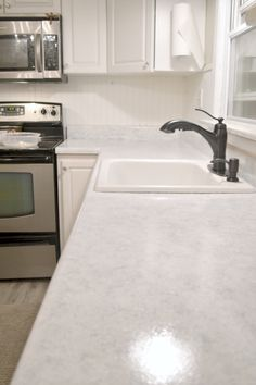 Re Do Counter Tops To Look Like Granite This Blogger Had Excellent Results Were Great And Very Easy Giani Countertop Paint