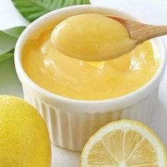 Get Lemon Curd Recipe from Food Network Cheesecake Desserts, Just Desserts, Delicious Desserts, Yummy Food, Lemon Custard, Lemon Curd Recipe, My Recipes, Sweet Recipes, Dessert Recipes