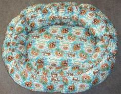 Free Pattern to Sew a Large Pet Bed - A perfect medium or large dog pet bed