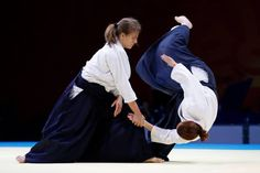 Regina Lindau throws Dr Candice Dugmore (both women representing South Africa) at the 2013 World Combat Games recently held in Saint Petersburg, Russia