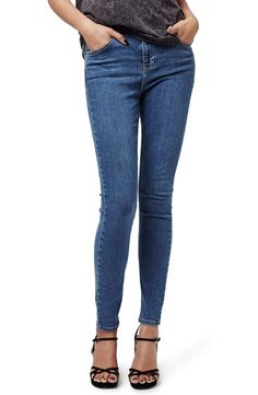 Beautiful Topshop Jamie High Waist Skinny Jeans Fashion Womens Clothing from top store Ripped Skinny Jeans, Cropped Jeans, Skinny Pants, Lazy Day, 30 Outfits, Fashion Outfits, Fashion Jackson, Shoes With Jeans, Blazer