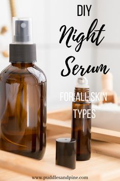 DIY Face Serum With Essential Oils - This homemade DIY face serum is perfect for all skin types. It will help fight wrinkles and promote skin softening and anti aging properties while also preventing acne! Homemade Skin Care, Diy Skin Care, Skin Care Tips, Doterra, Combination Skin, Beauty Care, Beauty Hacks, Natural Skin Care, Face Masks