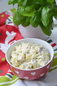 Sałatka śledziowa - wpis - Kulinarne Przeboje - LifeStylowo.pl Nasu, Up Halloween, Potato Salad, Grains, Potatoes, Ethnic Recipes, How To Make, Foods, Recipes For Dinner