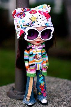 Blythe--------- you are sooooooooo cool looking young lady doll....