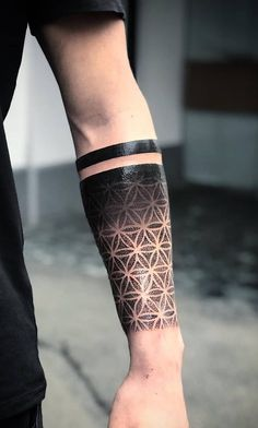 Best Arm Tattoos – Meanings, Ideas and Designs for This Year Part arm tattoo ideas; arm tattoo for girls; arm tattoos for girls; arm tattoos for women; Arm Tattoos Forearm, Tattoos Arm Mann, Girl Arm Tattoos, Arm Tattoos For Women, Tattoo Designs For Women, Tattoo Women, Tattoo In Arm, Half Sleeve Tattoos For Men, Mandala Tattoo Men